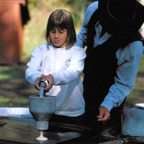 Not only will your meals be delicious on your family ranch vacation, they can be fun, as well.